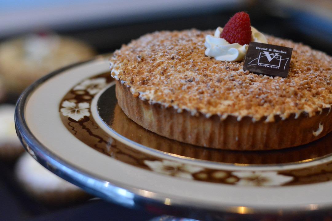 Nougatinnetaart (8 pers.) - Bakeronline