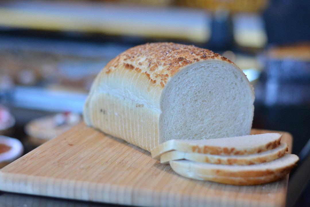 Groot wit tijgerbrood - Bakeronline