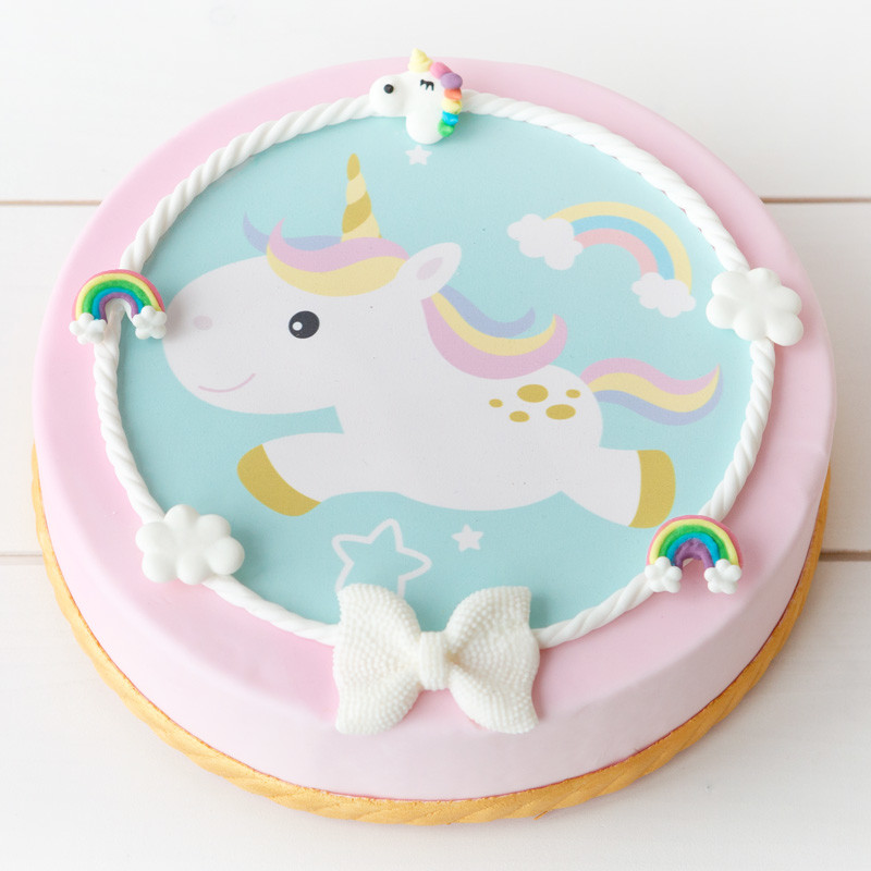 Unicorn foto rolfondant taart - Bakeronline