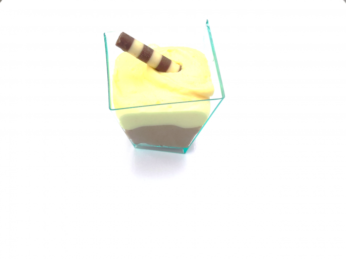 mini glaasje trois couleur - Bakeronline