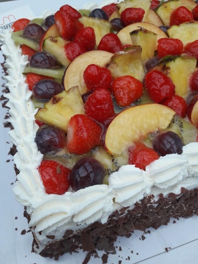 Biscuit vers gemengd fruit - Bakeronline