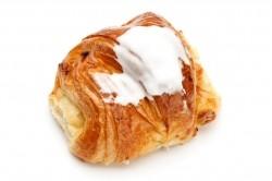 Boterkoek met rozijnen en suiker - Bakeronline