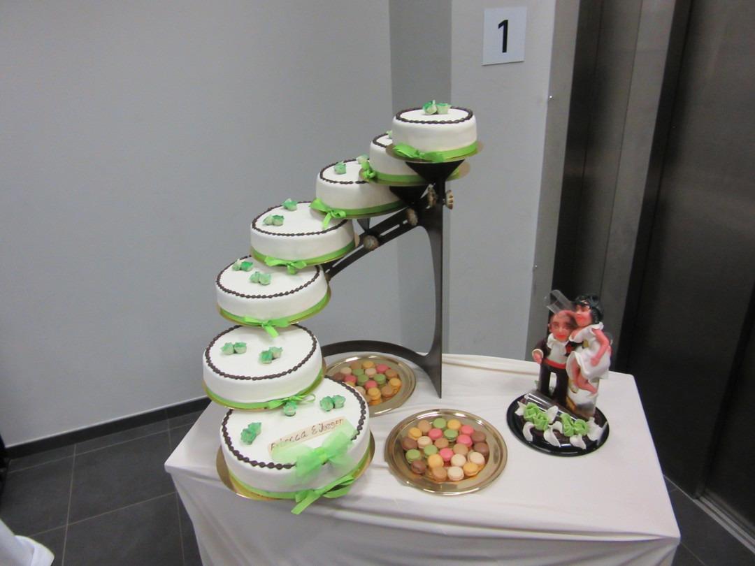 Speciale taarten op bestelling vb 05 - Bakeronline