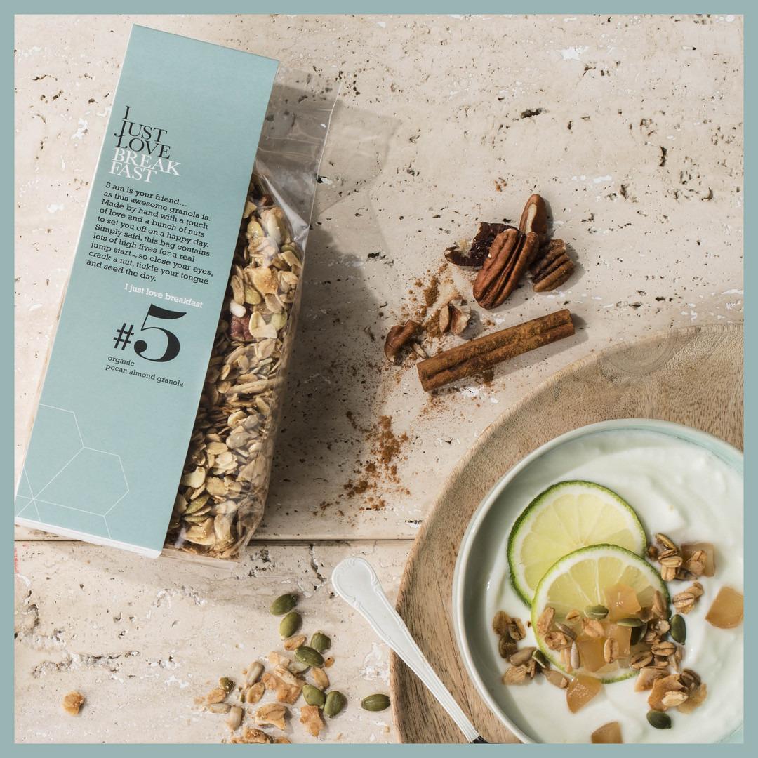 Granola I just love breakfast #5: pecan en almond - Bakeronline