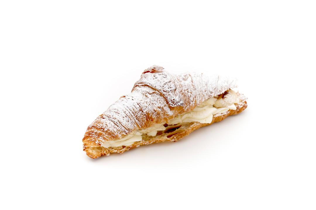 Croissant met slagroom en banaan - Bakeronline